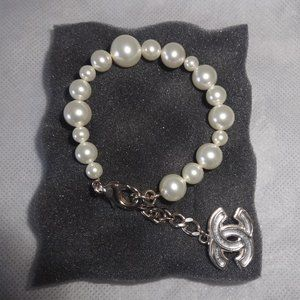 CHANEL Jewelry - Chanel White Pearl w Pale Gold Hardware New